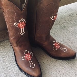 🎉🎈HP🎉🌻WESTERN PRAIRIE LEATHER BOOTS NWOT